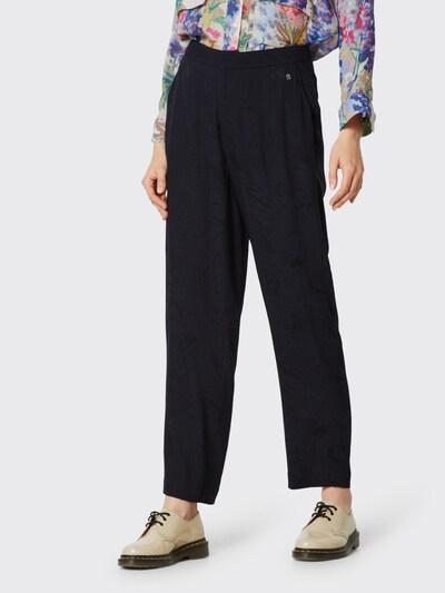 Pepe Jeans Spodnie 'Iris' w kolorze czarnym, Podgląd na modelu(-ce)