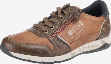 MUSTANG Sneaker in Braun