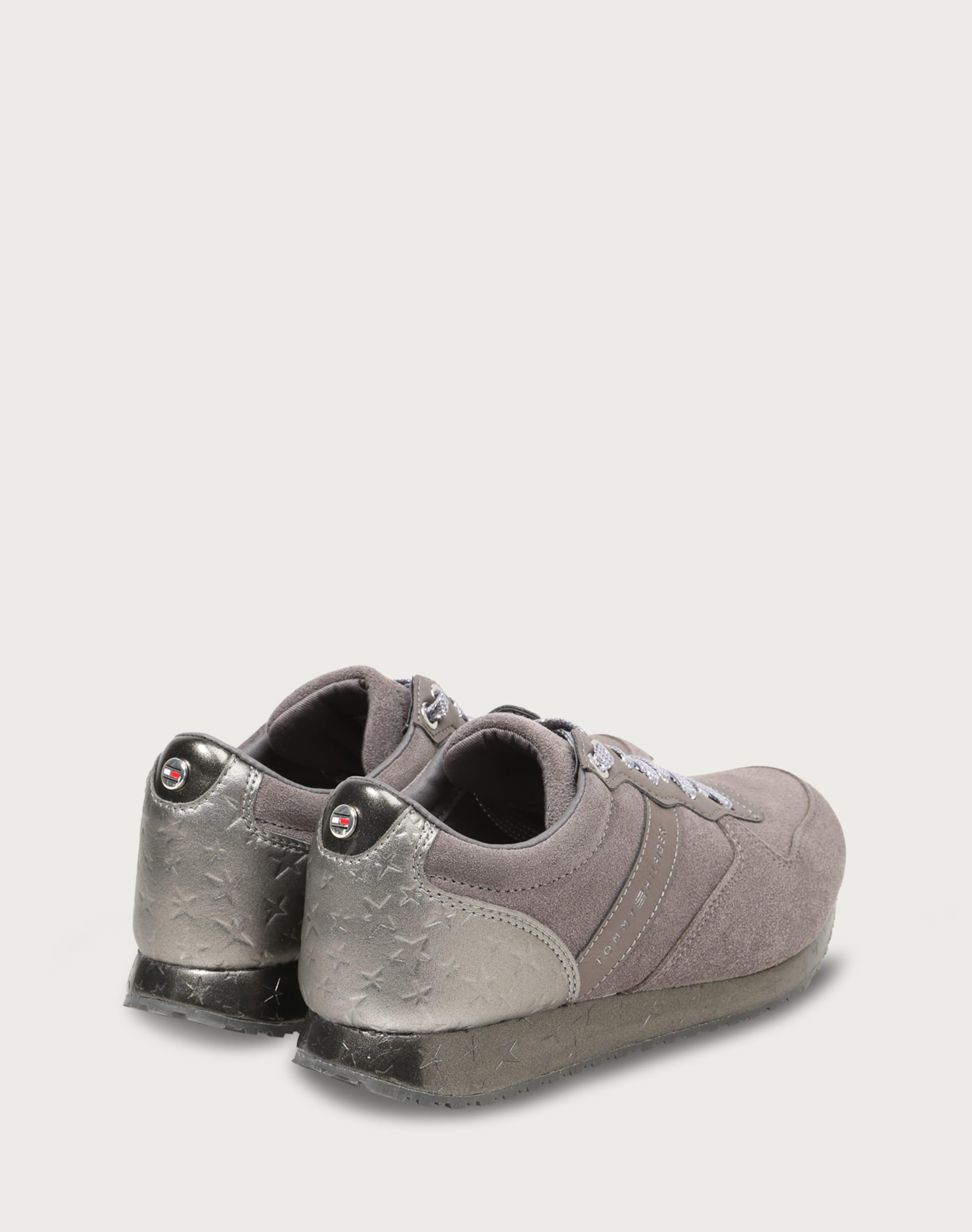 Beliebt Günstiger Preis TOMMY HILFIGER Sneaker 'S1285EVILLA 2C1' Rabatt Bester Großhandel Blättern Günstigen Preis qdBOc