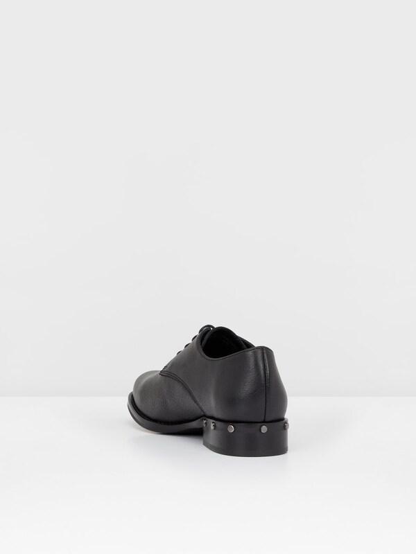 Bianco Nieten-Effekt-Derby-Schuhe