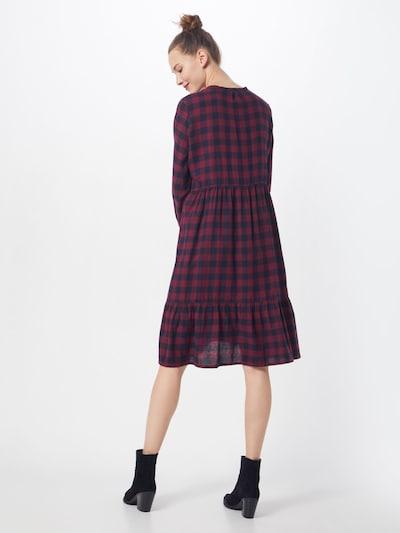 Suknelė 'Sedina' iš modström , spalva - raudona / juoda: Vaizdas iš galinės pusės