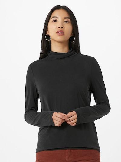 PIECES Koszulka 'Kamala' w kolorze czarnym, Podgląd na modelu(-ce)