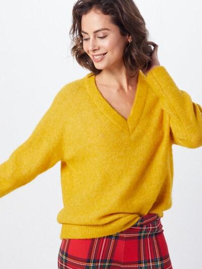 SELECTED FEMME Pullover 'SLFLANNA LS KNIT V-NECK' in gelb, Modelansicht