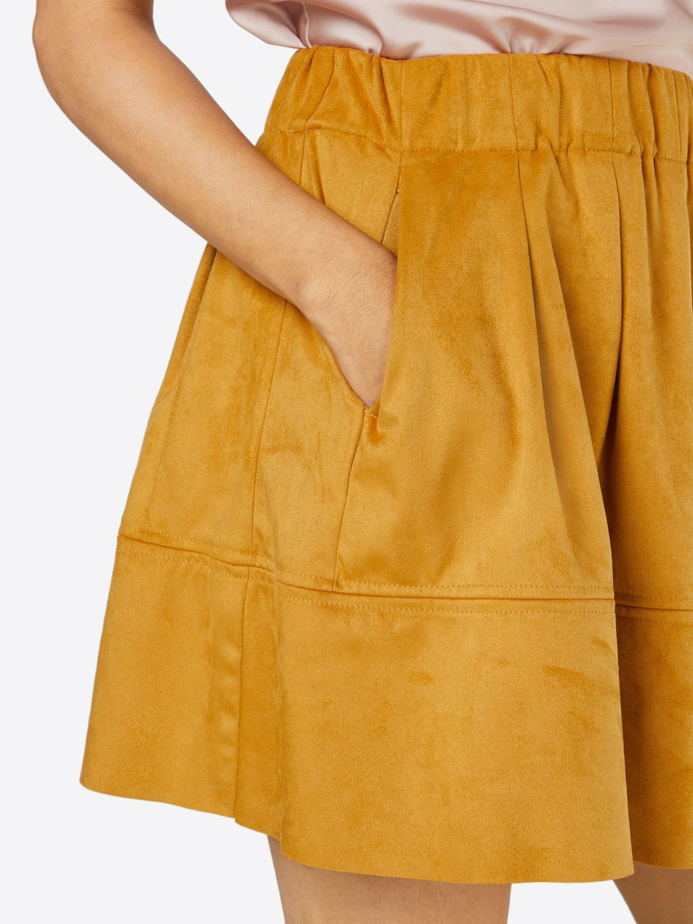 Auslass Niedriger Preis Spielraum Footaction minimum Skater Skirt 'Kia' Einen Günstigen Online-Verkauf Verkauf Niedriger Versand Auslasszwischenraum Store UPAiX3