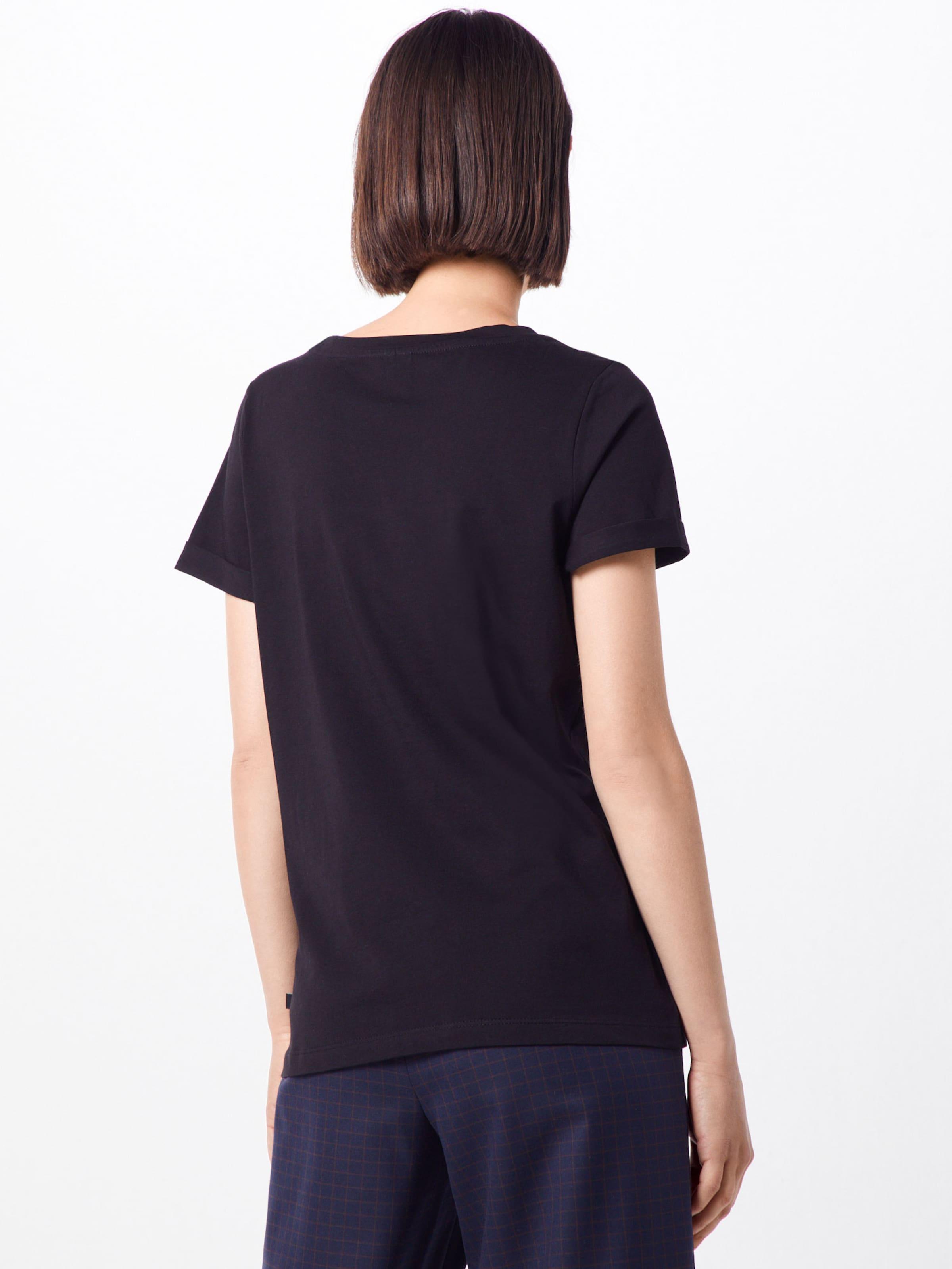 s shirt Schwarz T In Q Designed By QtsrhdCx