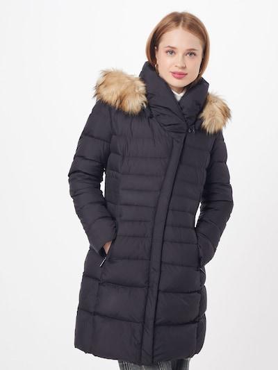 COMMA Wintermantel in schwarz, Modelansicht