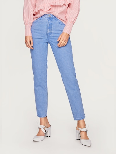 EDITED Jeansy 'Moa Mom' w kolorze niebieski denimm, Podgląd na modelu(-ce)