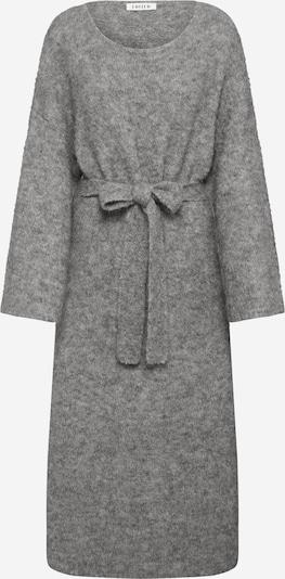 Megzta suknelė 'Isac' iš EDITED , spalva - pilka, Prekių apžvalga