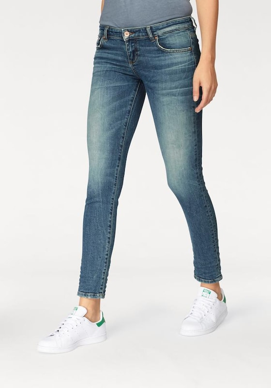 LTB Jeans 'MINA' in blue denim, Modelansicht