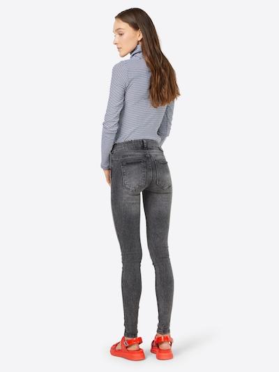 Dr. Denim Jeans 'Dixy' i grå: Sedd bakifrån
