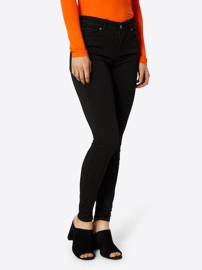 VERO MODA Jeans in de kleur Zwart, Modelweergave