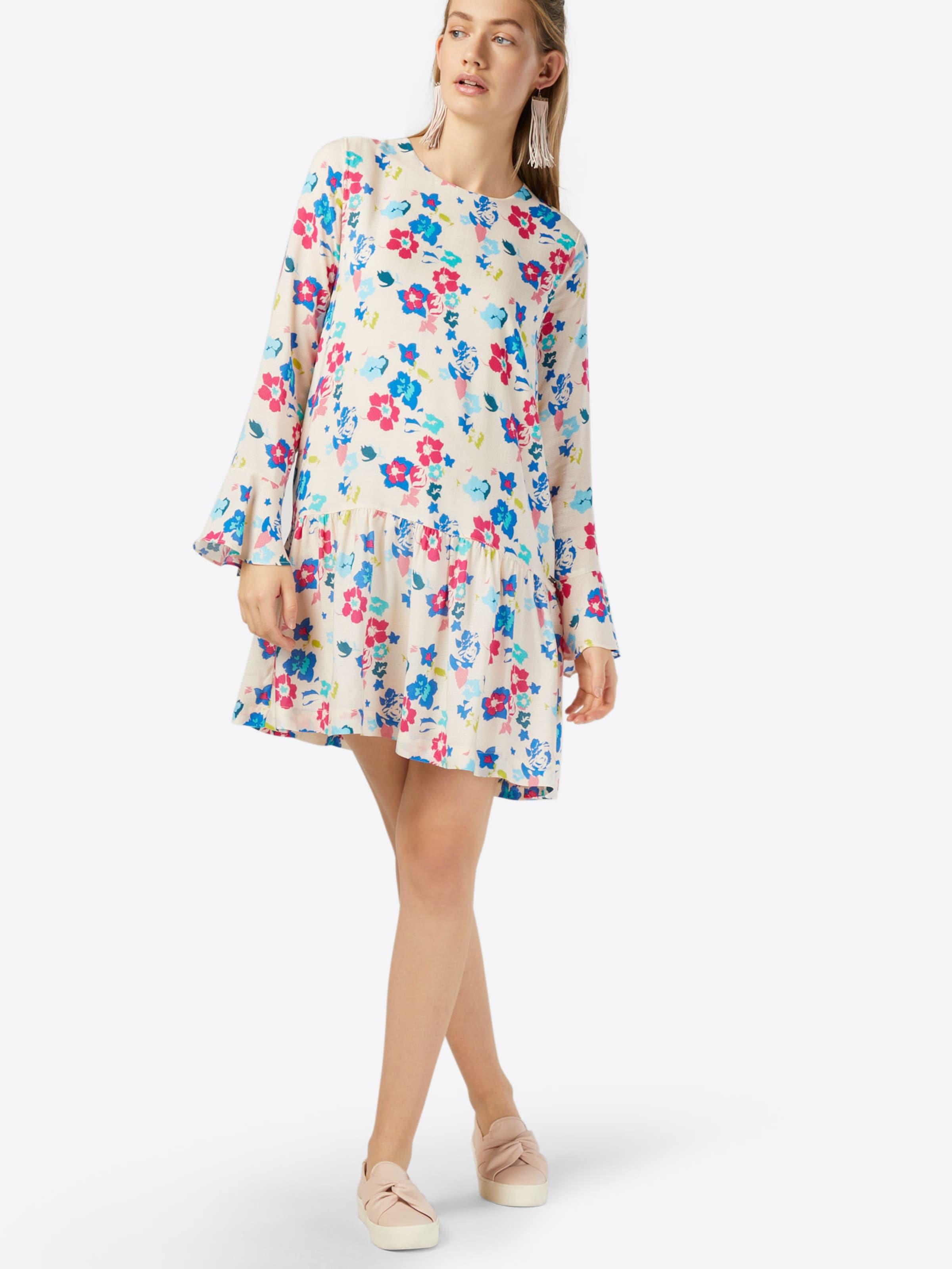 Pepe Jeans Kleid 'CALISTA' Billig Verkaufen Billig Extrem Günstig Online Footaction Günstiger Preis bKsw1N4w