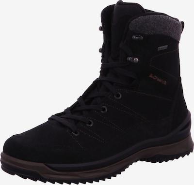 LOWA Stiefel in schwarz: Frontalansicht