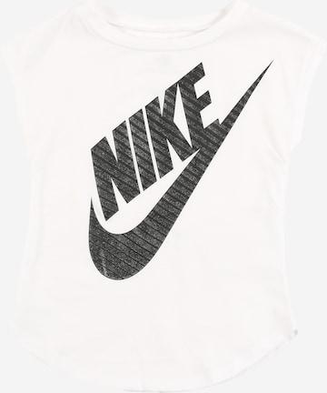 Nike Sportswear Paita ' JUMBO FUTURA TEE' värissä valkoinen