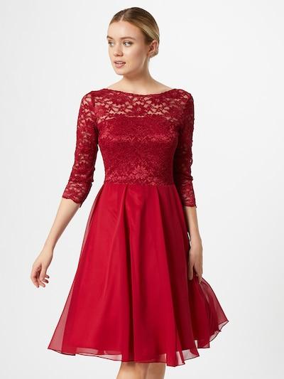 SWING Večerné šaty - vínovo červená, Model/-ka
