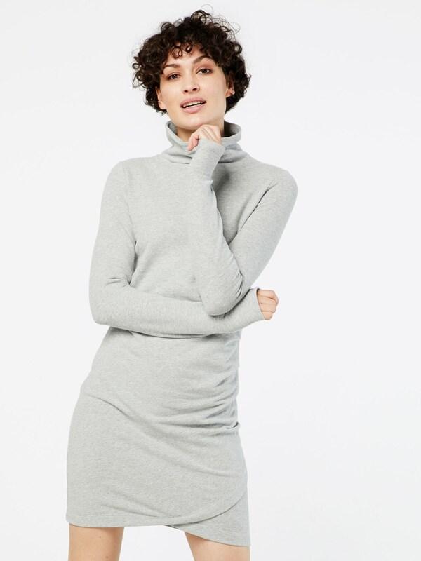 BENCH Kleid 'SLIM FUNNEL'