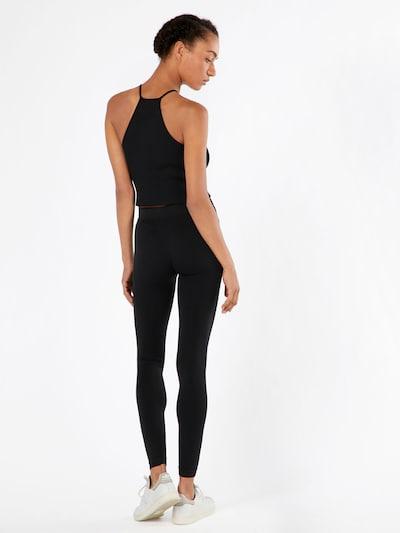 Urban Classics Unifarbene Leggings in schwarz: Rückansicht