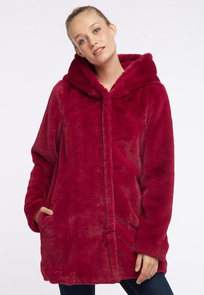 MYMO Mantel in beere, Modelansicht