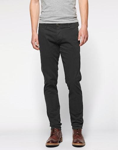 SELECTED HOMME Pantalon chino 'One Luca Phantom' en gris foncé / noir, Vue avec modèle