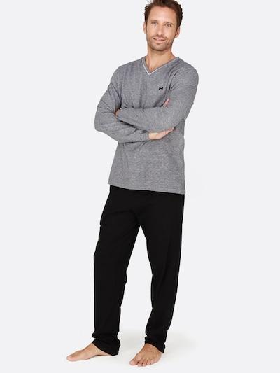 "HOM Langes Pyjama Set ' ""Onyx"" ' in schwarz, Modelansicht"