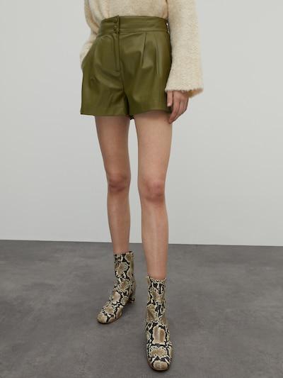 EDITED Hlače 'Lexa' u kaki, Prikaz modela