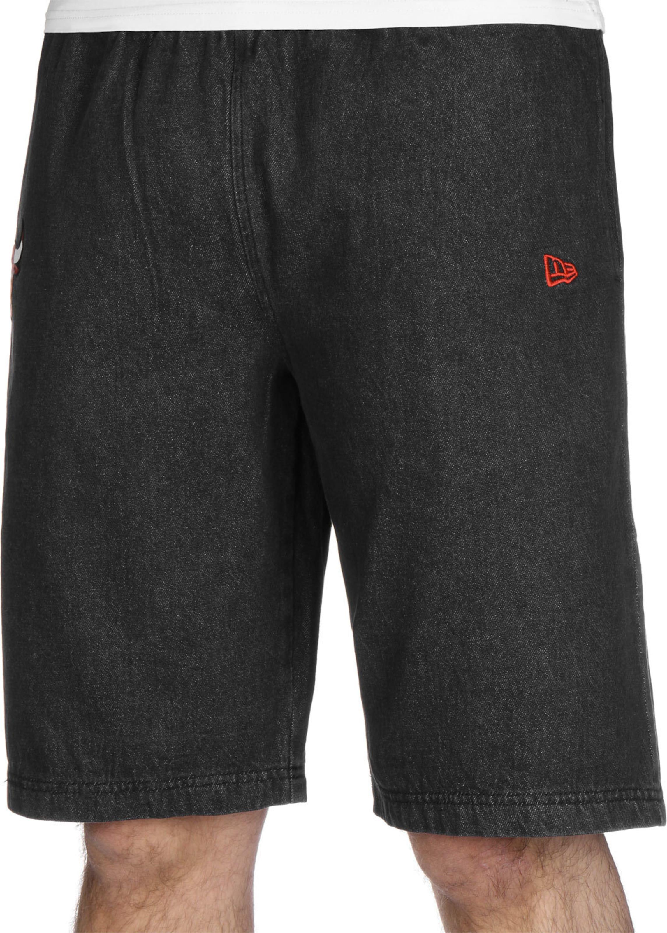NEW ERA Shorts 'NBA Chicago Bulls' in schwarz Jeans KH75009012