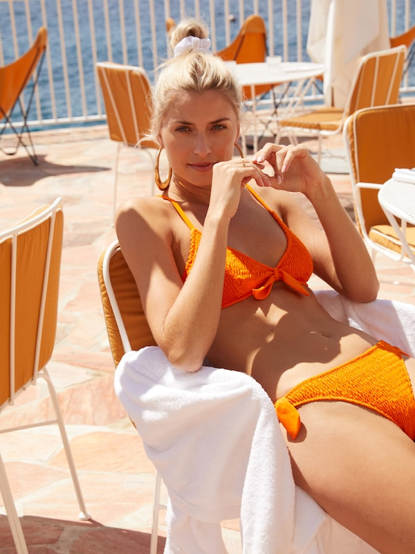 LeGer by Lena Gercke Bikinihose 'Luzi' in orange, Modelansicht