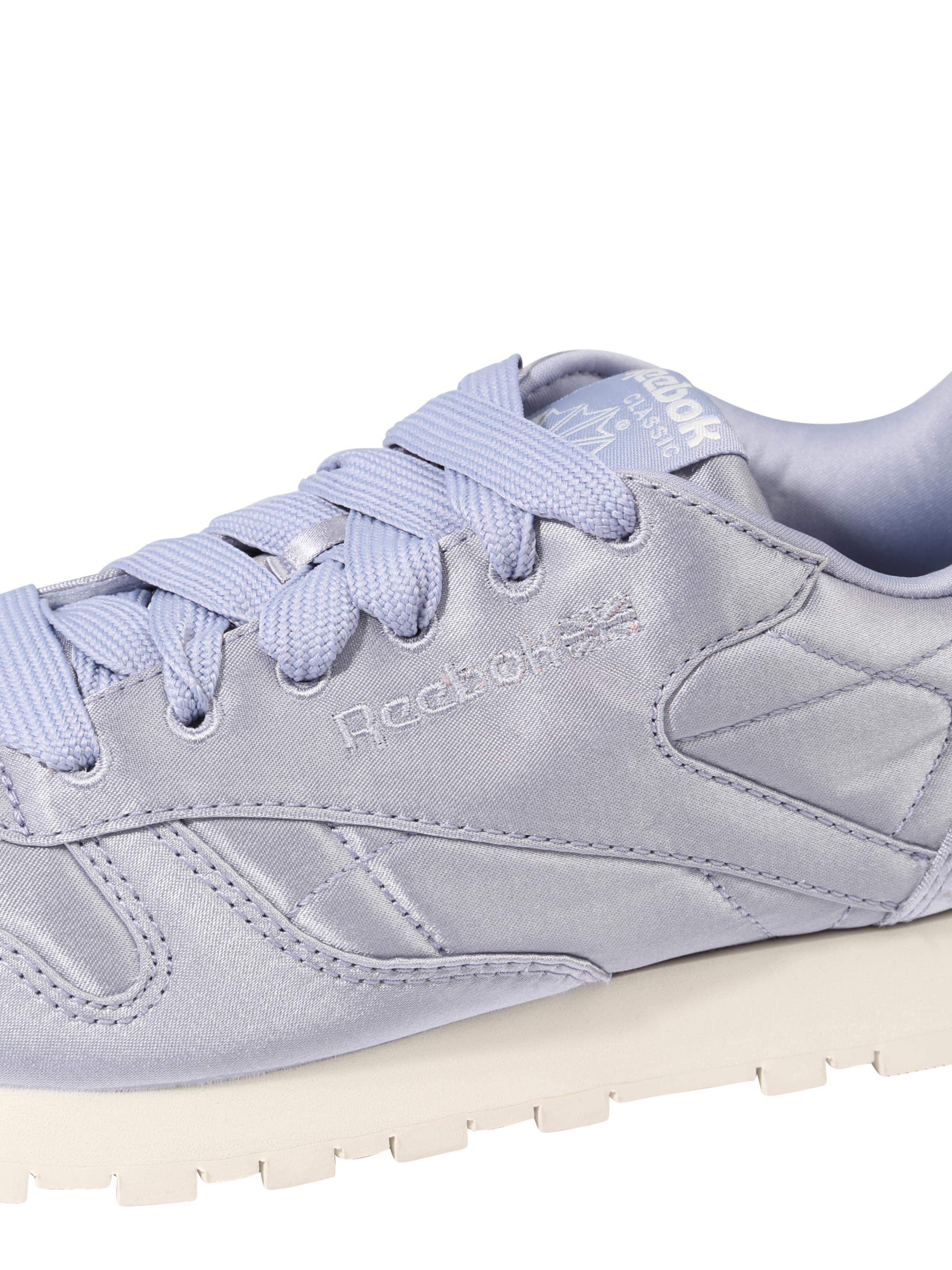 Reebok Classic Sneaker 'Classic Leather' in flieder