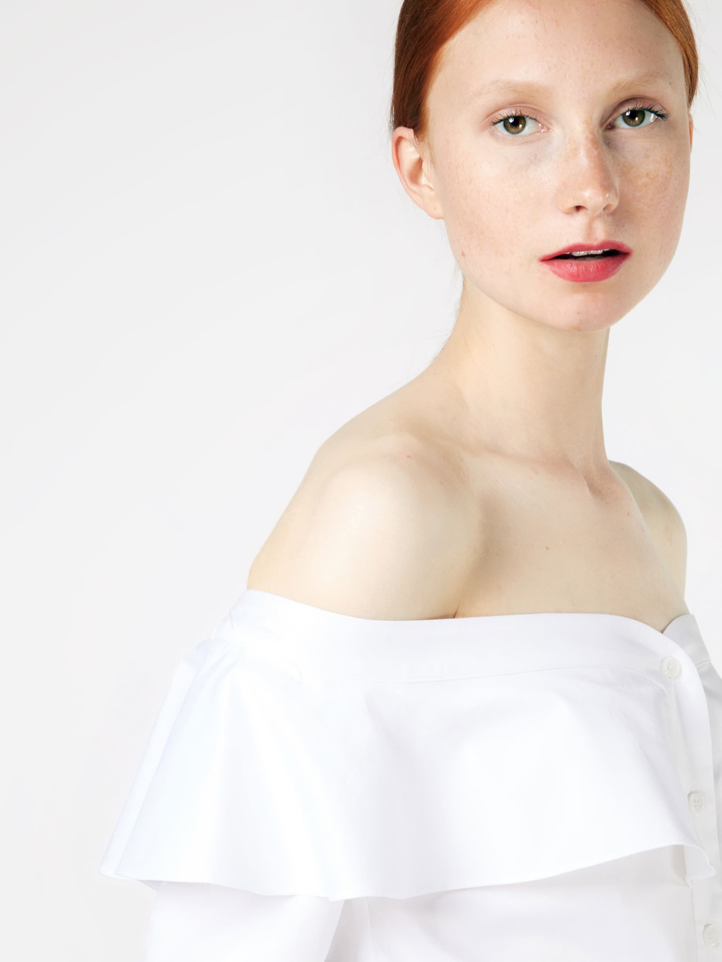 Bardot Shirt 'NATASHA FRILL' Billig Wirklich krCfLdhSO