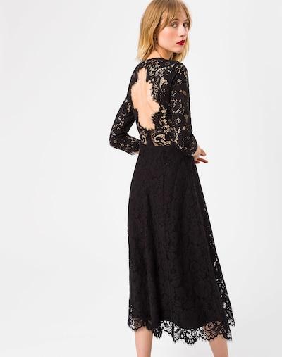Rochie de cocktail IVY & OAK pe negru, Vizualizare model