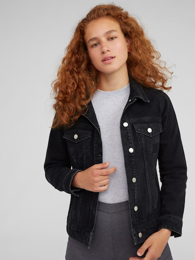 EDITED Tussenjas 'Freja' in de kleur Black denim, Modelweergave