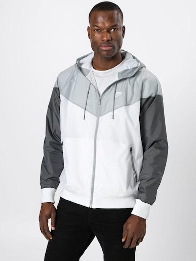 Nike Sportswear Tussenjas in de kleur Grijs / Donkergrijs / Wit: Vooraanzicht