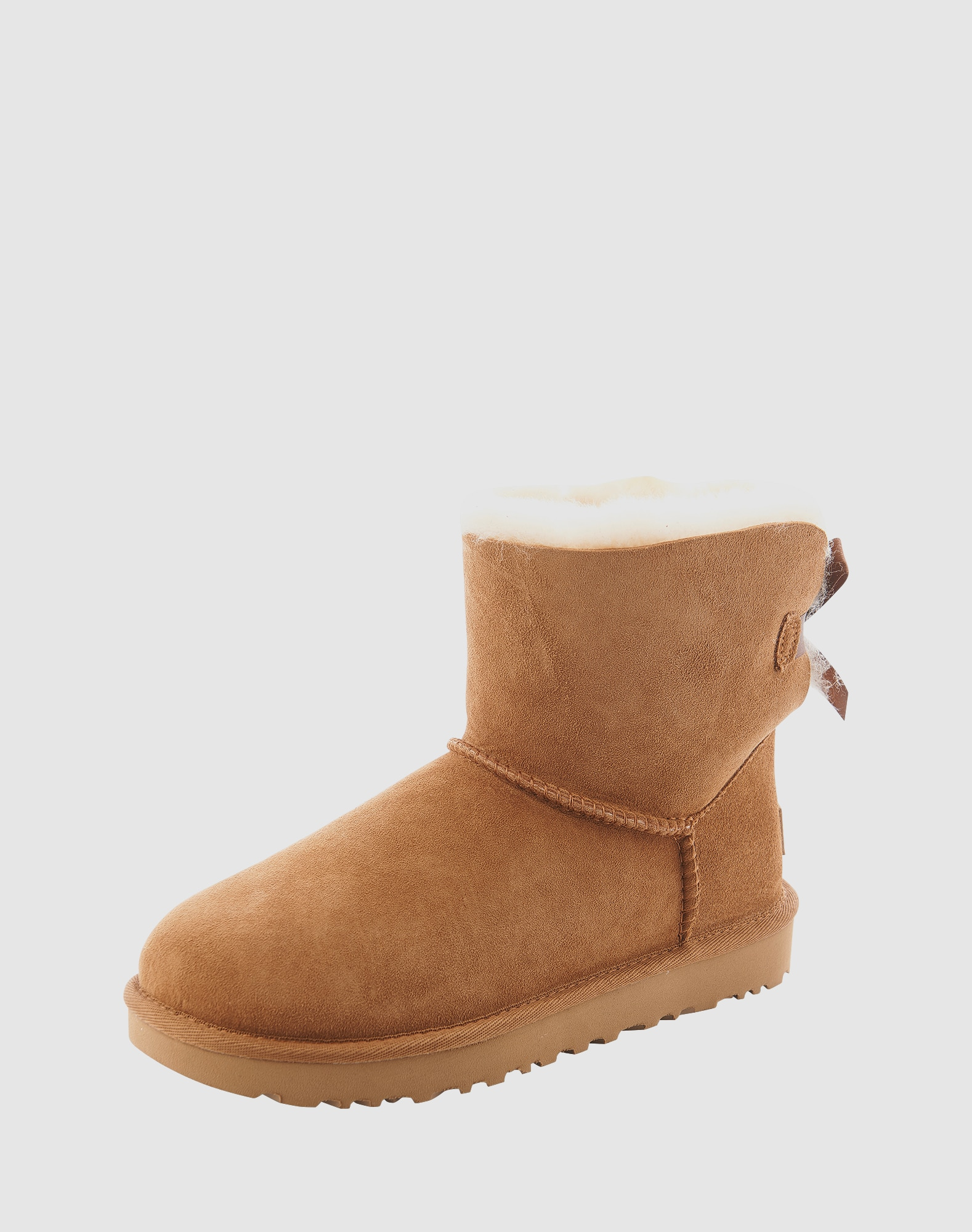 ugg boots mit fell f tterung 39 mini bailey bow ii 39 in beige about you. Black Bedroom Furniture Sets. Home Design Ideas
