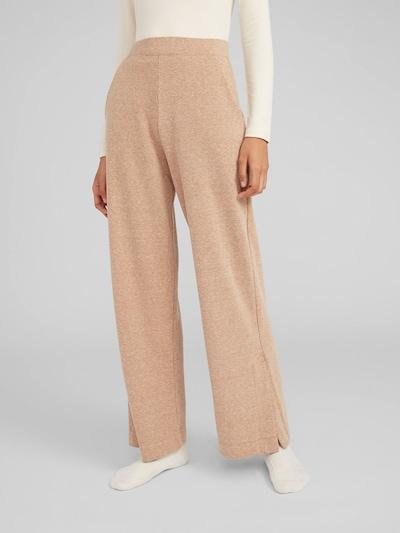 Pantaloni 'Hali' EDITED pe bej, Vizualizare model