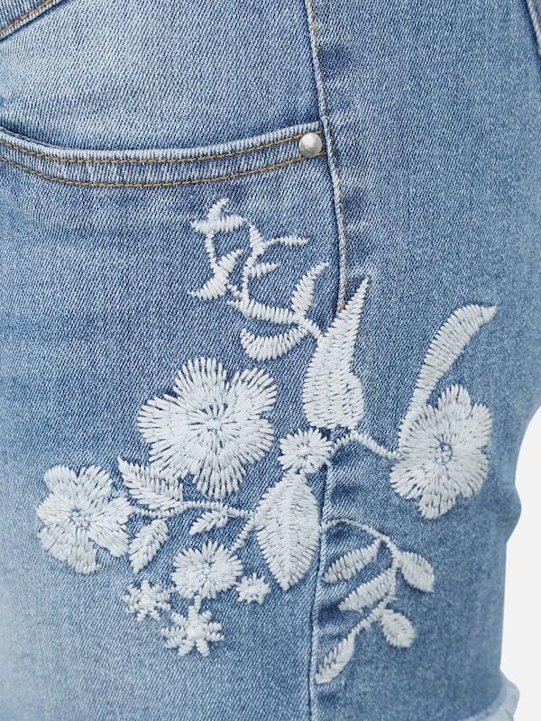 'chelsea' Jeans In Blauw Mamalicious Denim xerBCdo