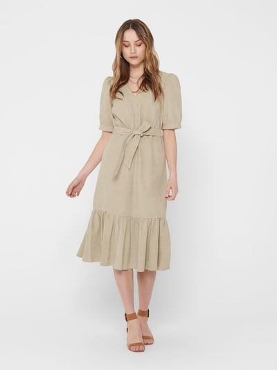 ONLY Kleid in beige, Modelansicht