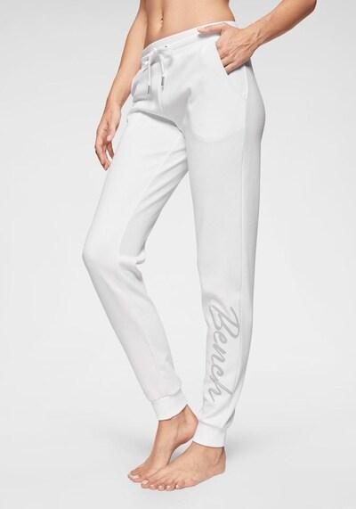 BENCH Relaxhose in weiß, Modelansicht