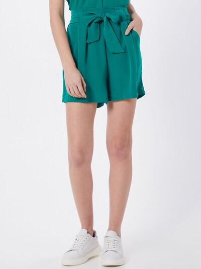 VILA Broek 'VIKASHA HWRX SHORTS' in de kleur Groen, Modelweergave