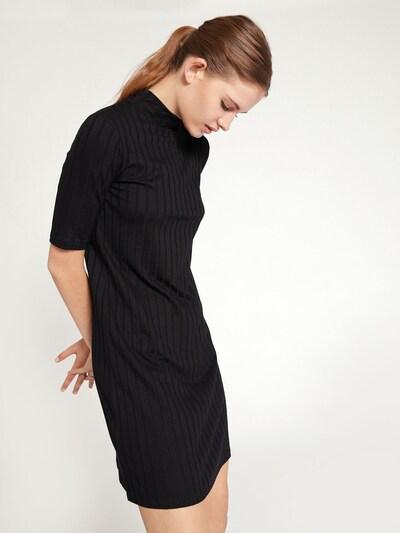 EDITED Kleid 'Odina' in schwarz, Modelansicht