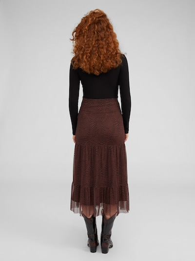 Marškinėliai 'Ginger' iš EDITED , spalva - juoda: Vaizdas iš galinės pusės
