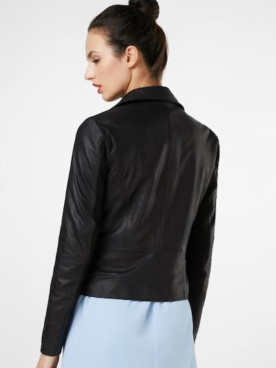 Y.A.S Prehodna jakna | črna barva: Pogled od zadnje strani