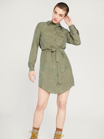 Rochie tip bluză 'Farha' EDITED pe kaki: Privire frontală