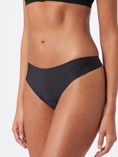 Tanga 'Dream Invisibles' MAGIC Bodyfashion pe negru, Vizualizare model