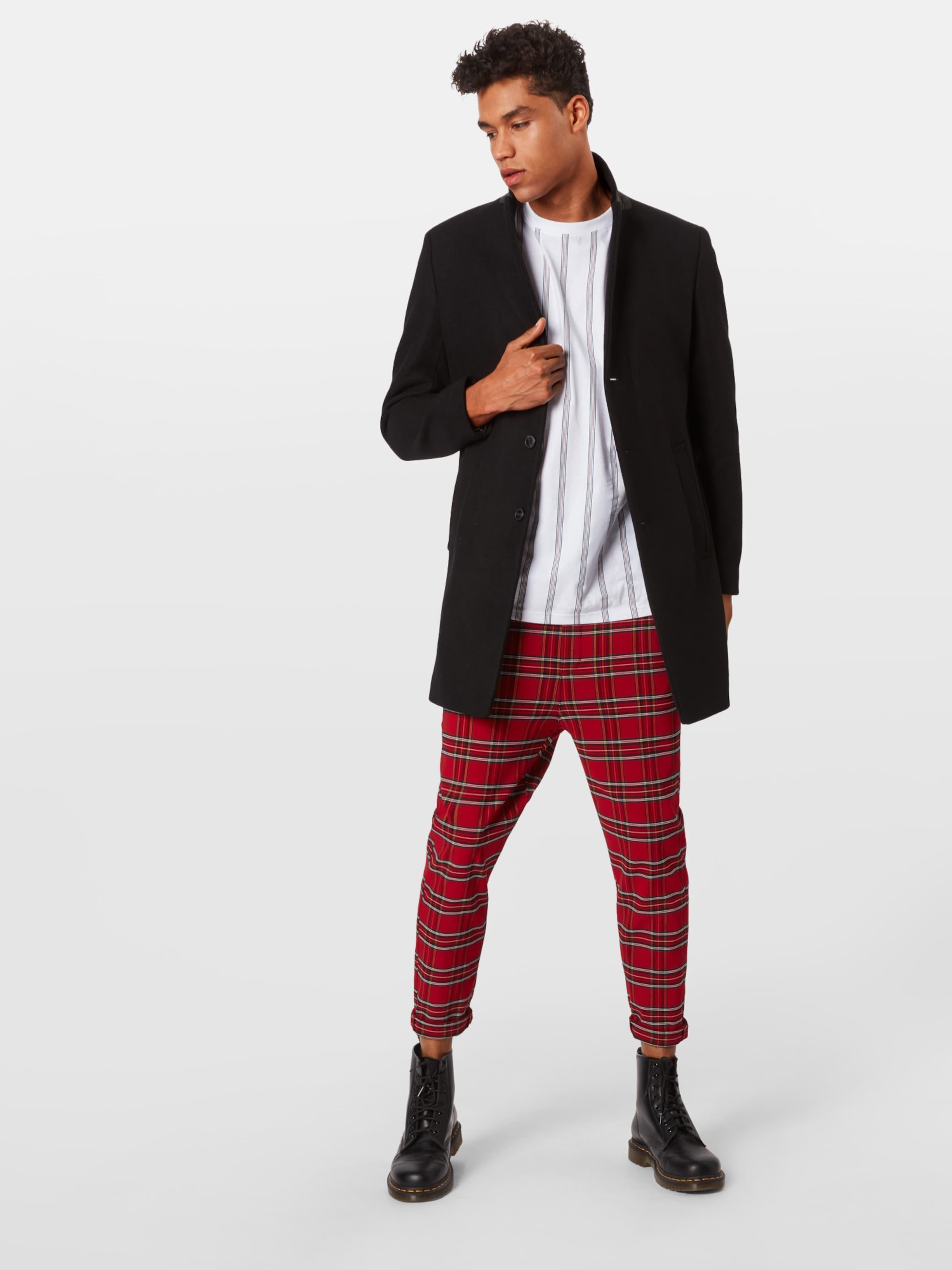 Urban Classics Byxa i röd / svart