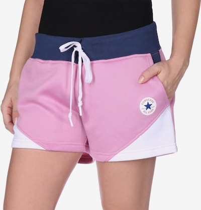 CONVERSE Shorts ' Blocked W ' in pink, Modelansicht