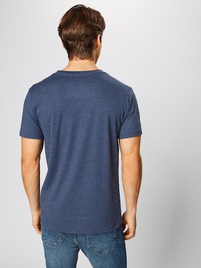 Marškinėliai 'CHEST LOGO BASIC TEE' iš IZOD , spalva - tamsiai mėlyna: Vaizdas iš galinės pusės