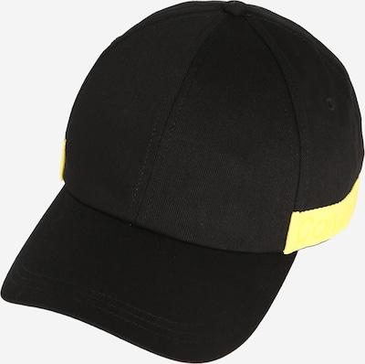 Calvin Klein Casquette 'Nastro' en noir, Vue avec produit