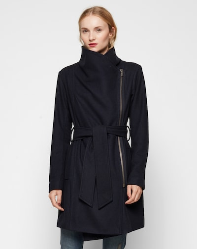 Palton de primăvară-toamnă 'Mika' mbym pe navy, Vizualizare model