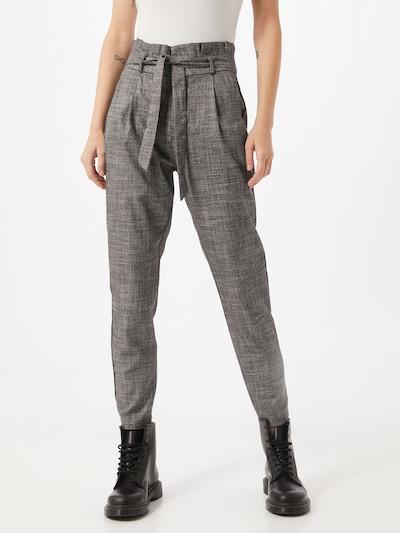 VERO MODA Pantalon à pince en noir, Vue avec modèle