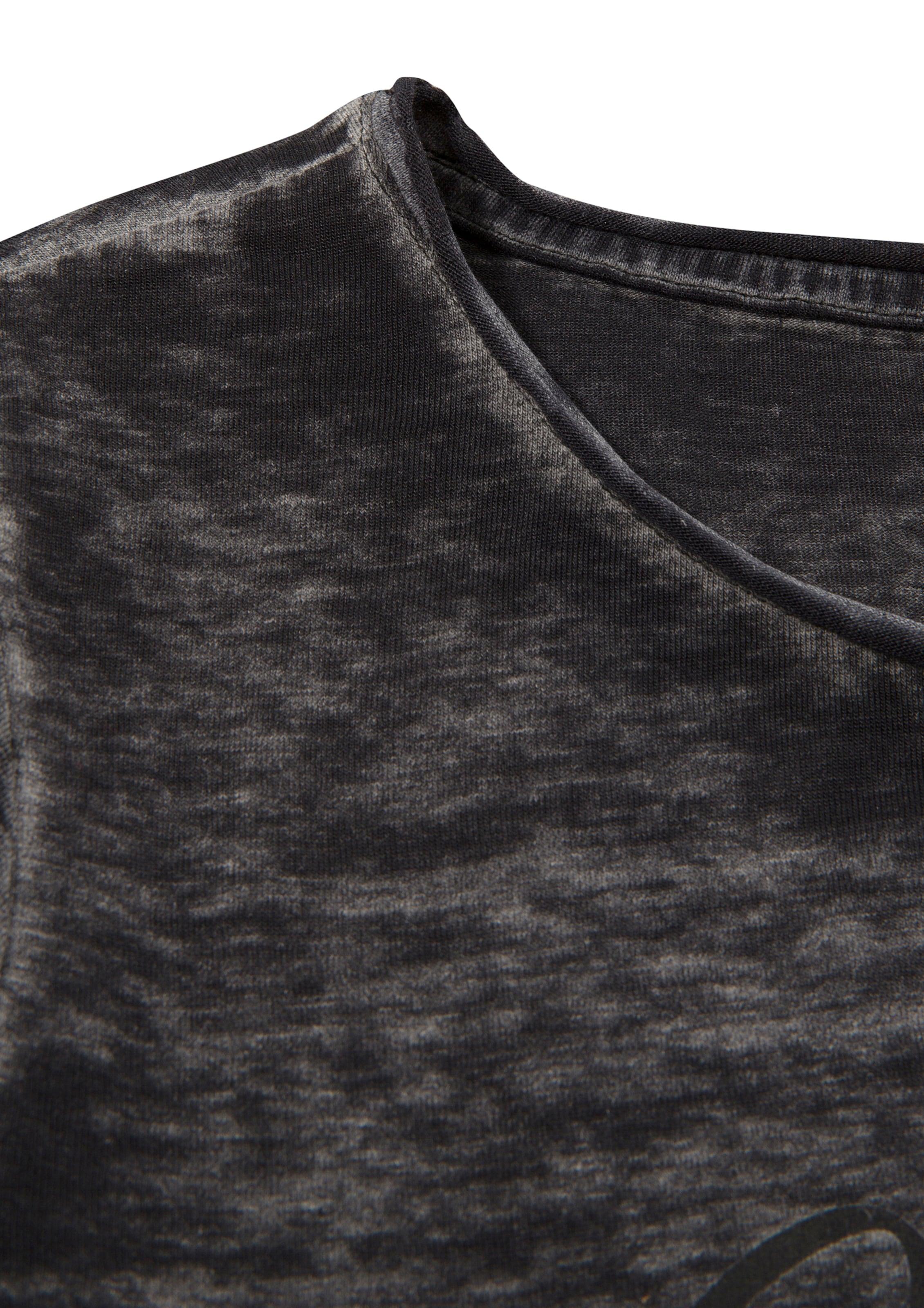 HANGOWEAR Hangowear Trachtenshirt Damen in leicht taillierter Passform in schwarz